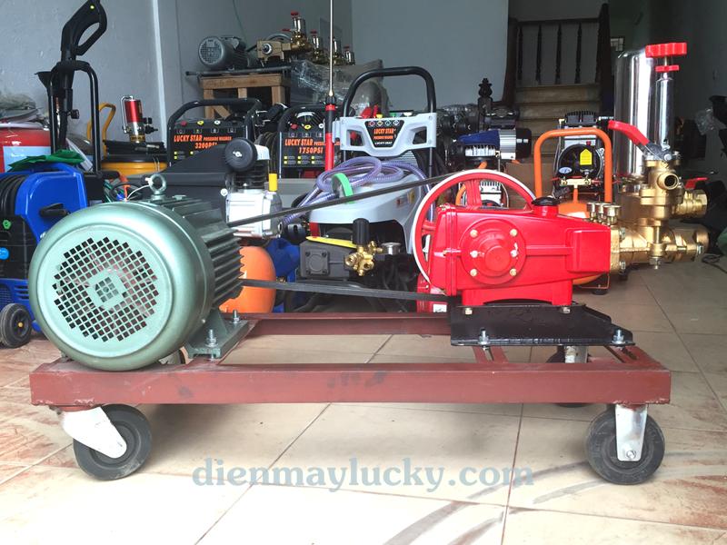 máy rửa xe HL120
