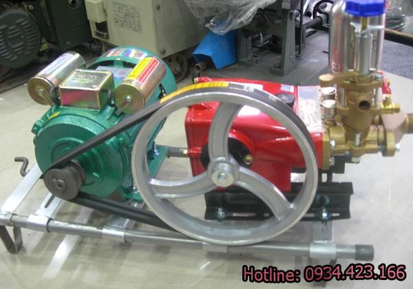 bộ máy rửa xe máy LS22