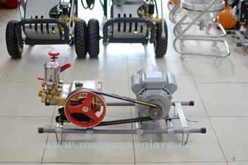 Địa chỉ bán máy bơm áp lực rửa xe tại Hà Nội