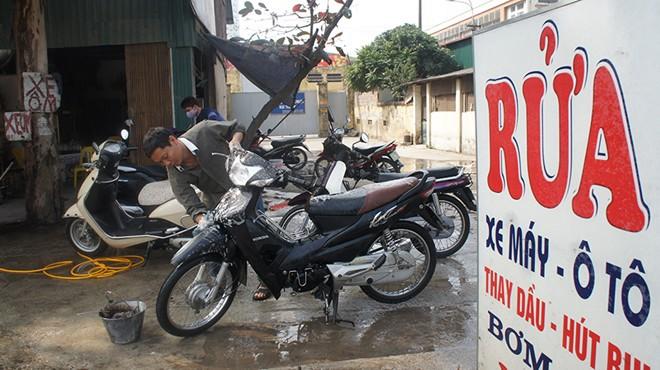 có nên rửa xe máy thường xuyên