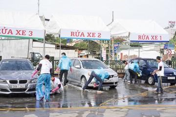 """""""Làm giàu không khó"""" với quy trình rửa xe ô tô chuyên nghiệp"""