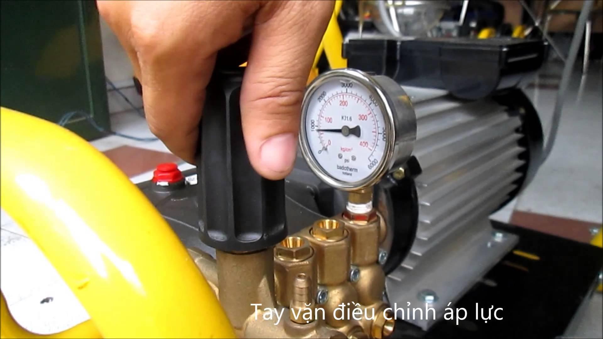 máy rửa xe không lên nước