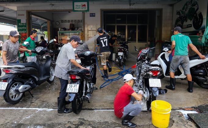 bộ dụng cụ rửa xe máy