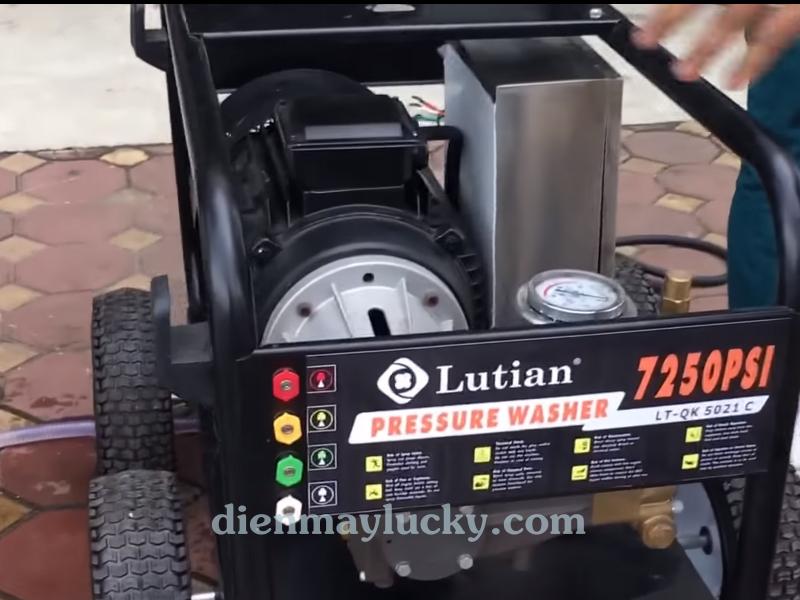 Máy rửa xe siêu cao áp 22KW