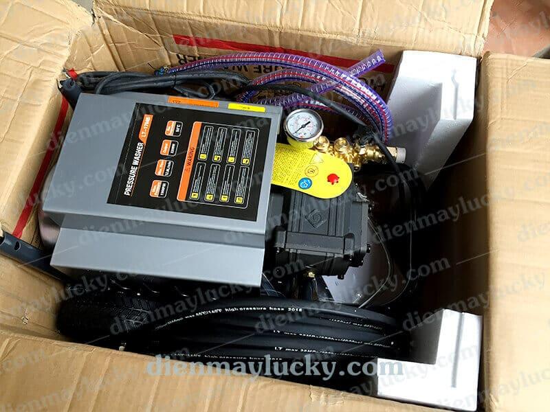 Máy rửa xe cao áp Luba 1300 PSI