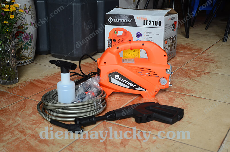 Máy rửa xe gia đình Lutian LT210G - 1.6 kw