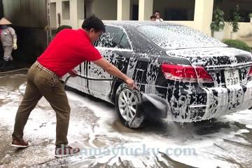 """Bột rửa xe không chạm """"con dao 2 lưỡi"""" LỢI HẠI khó lường!"""