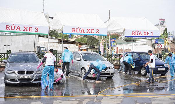 mo gara rửa xe ô tô