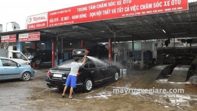 thiêt bị rửa xe ô tô